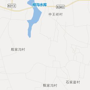 西距临沂飞机场35公里,东距岚山港60公里,南距连云港100公里.